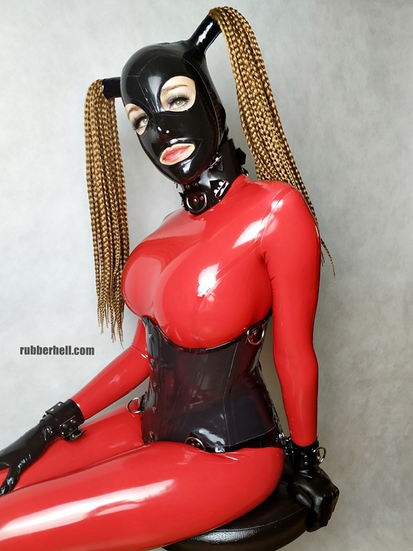 big-boobs-in-red-latex-catsuit-03