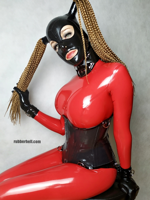 big-boobs-in-red-latex-catsuit-04