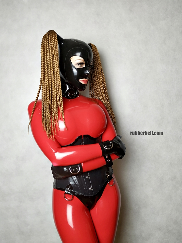 big-boobs-in-red-latex-catsuit-20