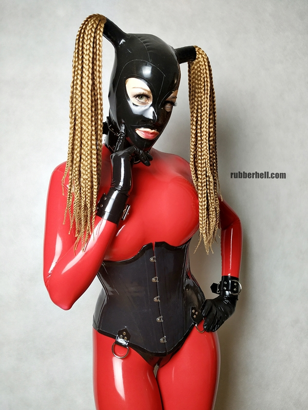 big-boobs-in-red-latex-catsuit-31