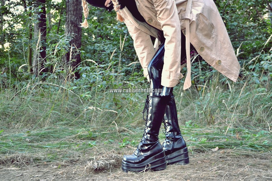 walking-by-the-shadow-of-forest-in-full-rubber-enclosure-rubberhell-18