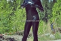 hot-sweaty-summer-day-in-total-latex-enclosure-01