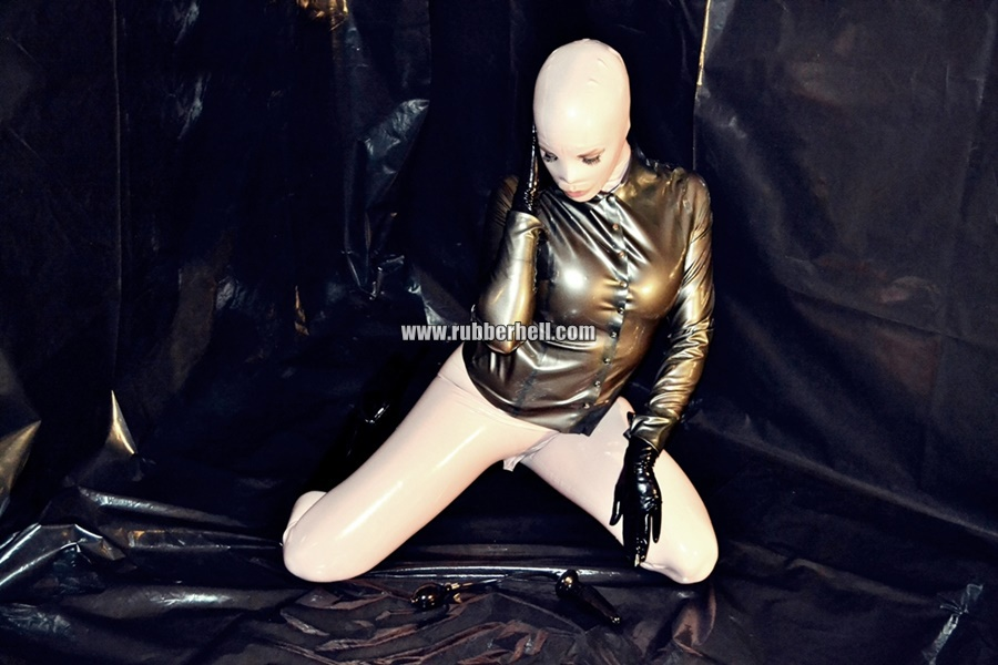 inflatable-rubber-toy-and-high-heels-27