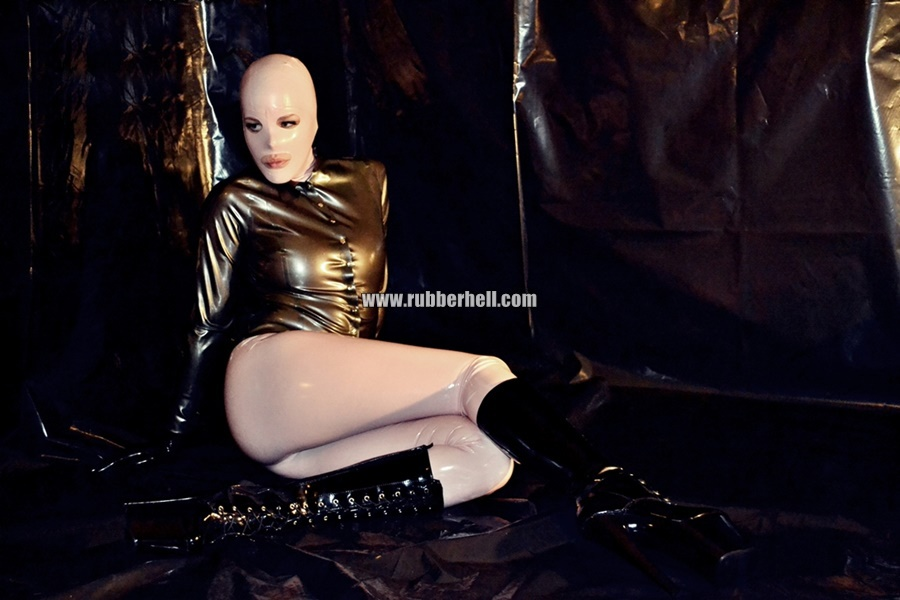 inflatable-rubber-toy-and-high-heels-32
