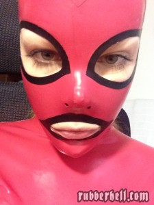 best-feeling-latex-mask-01