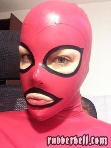 best-feeling-latex-mask-02