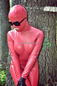 forest-matte-red-latex-catsuit
