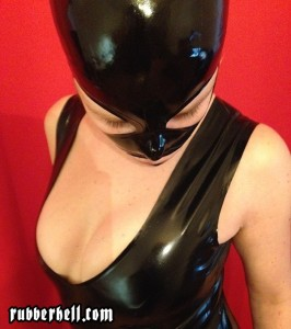 shooting-black-zipperless-catsuit-with-mask