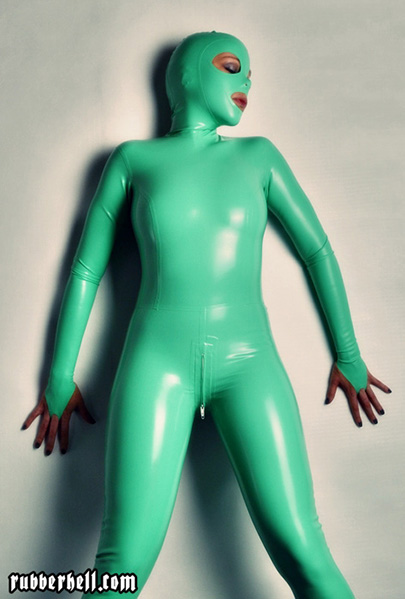 jade-rubber-doll-in-latex-catsuit-and-attached-mask